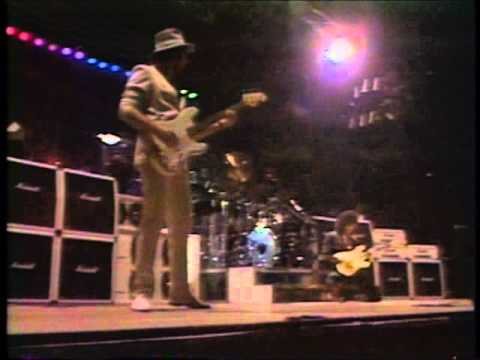 RAINBOW Difficult To Cure [LIVE IN JAPAN 1984] - YouTube