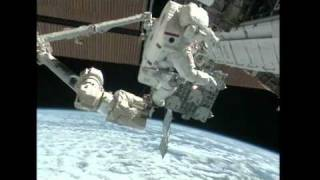 First Spacewalk Successful for Drew, Bowen