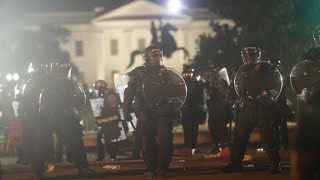 Anti-racism protesters and police clash in front of White House