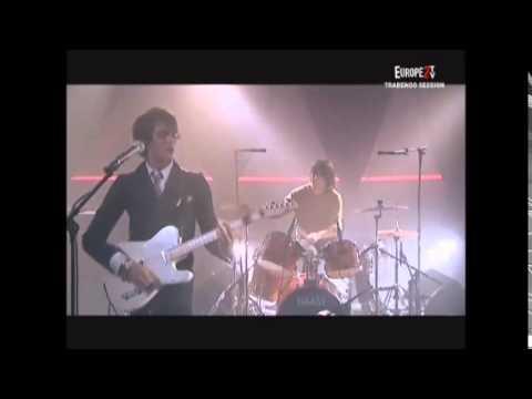 """Naast, """"Mauvais garçon"""" live le 19 février 2007 au Trabendo (Paris • album """"Antichambre"""")."""
