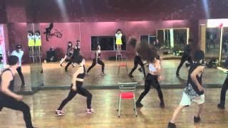 Oz Yomost sale event | dance pratice