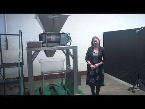 Commercial Manufacturing Stainless Steel Breaker/Delumper Demonstration