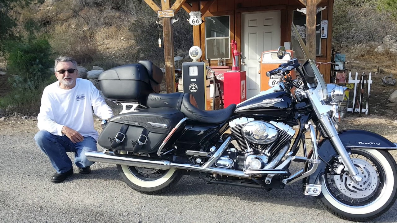 2007 Harley Davidson Road King Classic Motorcycle Trunk