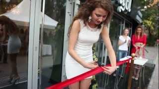 Открытие салона красоты - Руки Ножницы