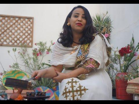 አማርኛ Ethiopian Coffee Ceremony - Traditional Bunna Drinking explained