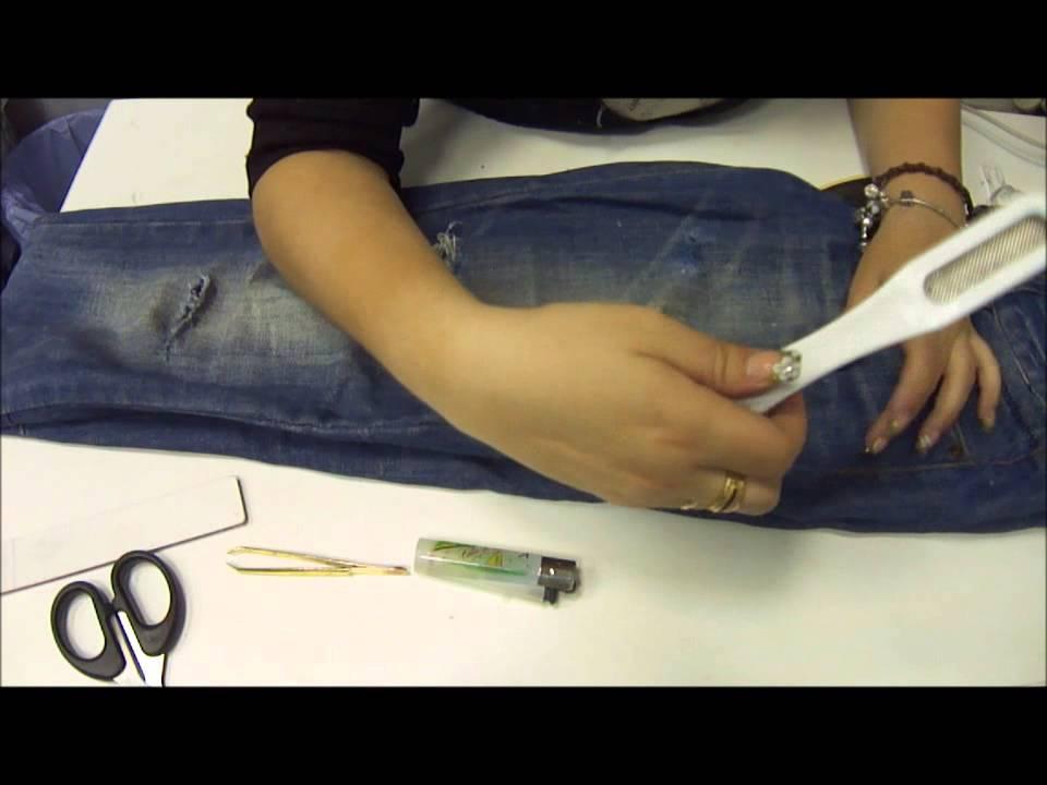 Como hacer vaqueros rotos o desgastados ripped jeans youtube - Como hacer blanco roto ...