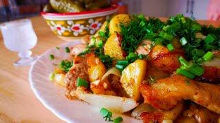 Жареная картошка с мясом на сковороде Картошка со свининой рецепт