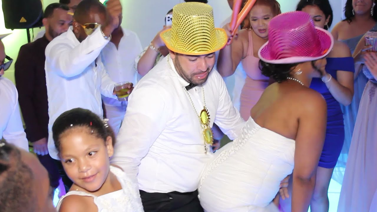 Download La boda de Nelsy y Victor estilo Trompo loco