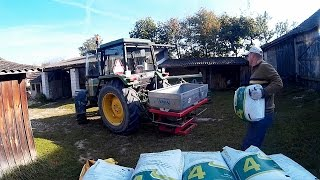 Siew nawozu 2014 pod pszenice - John Deere 1640 + rozsiewacz Abra N004/2 [Full HD]