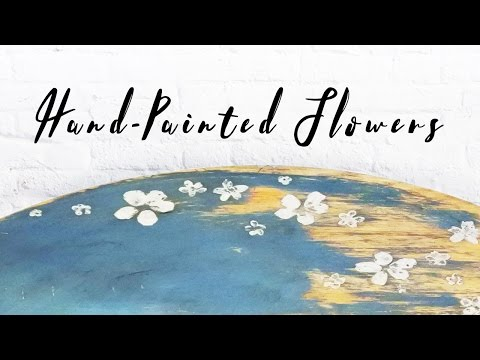Hand painted flowers - Annie Sloan's chalk paint - Handmålade små blommor