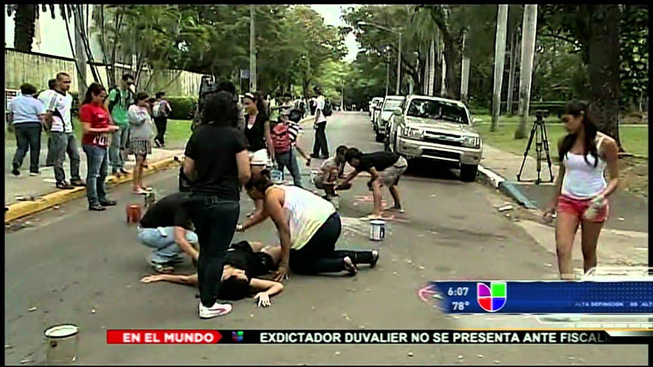 Las noticias univision a las 6 violencia policiaca en la for Ultimas noticias dela farandula