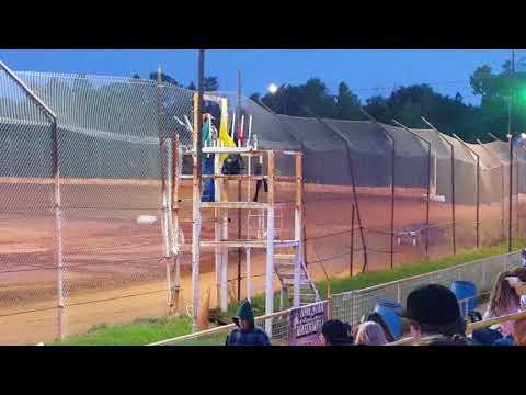 Eco Stock Heat Race @ 105 Speedway  4/14/18
