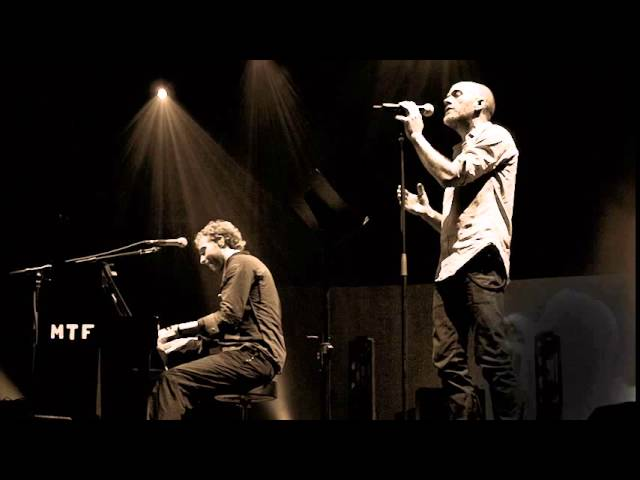 Coldplay with Michael Stipe — Nightswimming (Live in Atlanta, 2005)