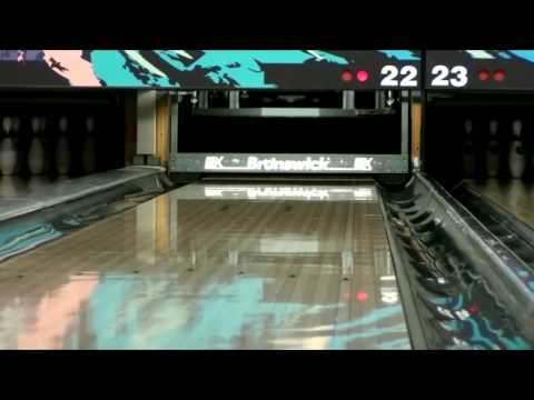 Hammer Onyx Vibe bowling ball by Chad Autore from YouTube · Duration:  1 minutes 49 seconds