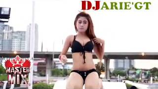 DJ AKU TAKUT