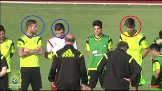 Piqué se ríe de Iker Casillas en Entrenamiento de la Selección España 2015