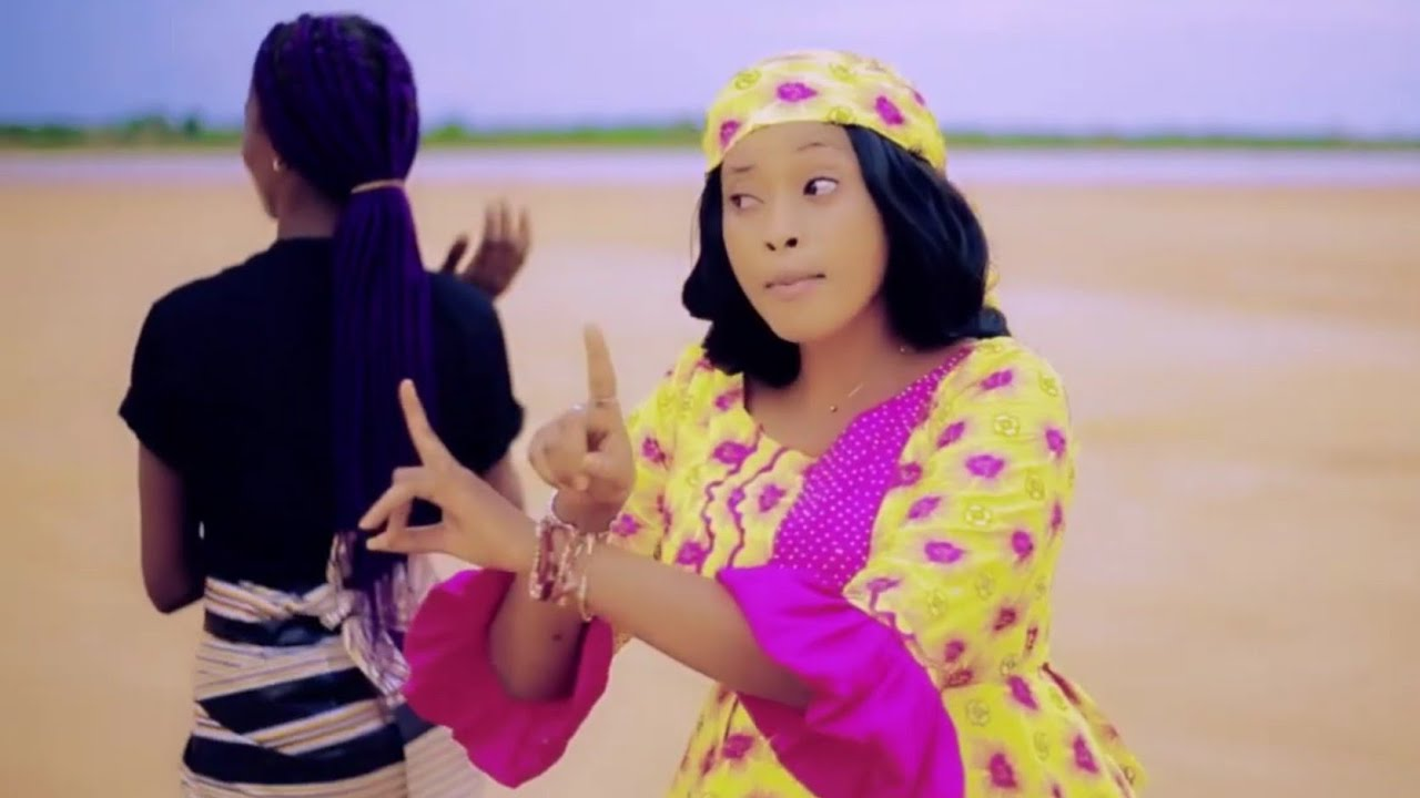 Download Rakiya Moussa (Bude Amsar) Latest Hausa Song Original Video 2021#
