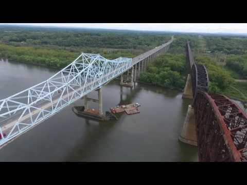 Castleton-on-the-Hudson and Alfred E. Smith Bridges: A Drone Tour