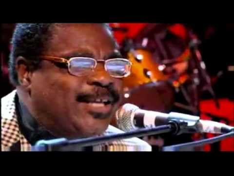 Billy Preston sings 'My Sweet Lord' at the Concert For George