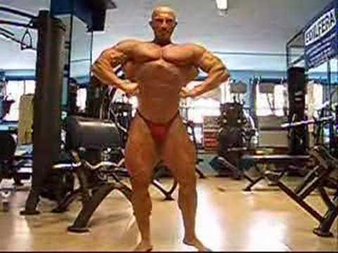 Dennis Giusto - Posing - 15 days out