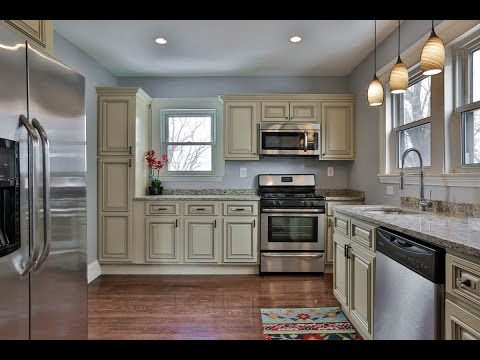 143 Summit Ave. Chelsea MA 02150. 3 Bed, 1 Bath, renovated single family for Sale.