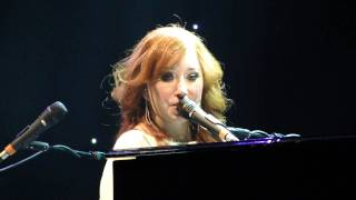 Tori Amos Toast Live @ Beacon Theater 2011 NYC