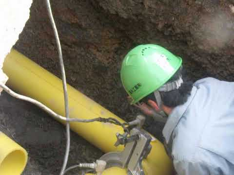 Fusion bond of polyethylene gas pipeポリエチレンガス管の融着結合