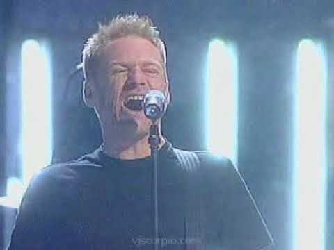 bryan adams   the only thing that looks good on me is you ( live )