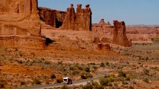 Arches National Park Sunset Tour - Moab, Utah
