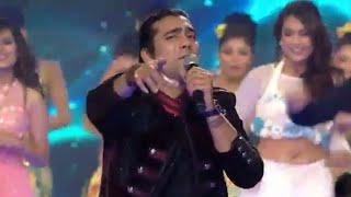 Star Parivaar Award 2017 || Title Song || Tu Itni Khusurat Hai || Jubin Nautiyal  Performance 💝
