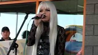 Kerli Love Is Dead Live Orem Download + Lyrics
