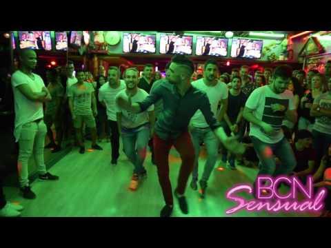 Batalla chicos vs chicas bachata en antilla salsa club