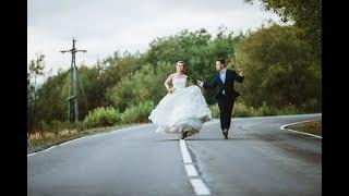 Корыстная невеста решила, что гости подарили на свадьбу мало денег и попросила…