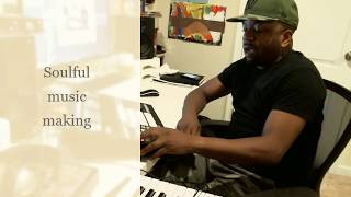 MAKING A SOULFUL BEAT | SOUNDS CALIFORNIA CLASSIC | MASCHINE STUDIO