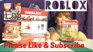 BenJamin & PaTrick open another toy. This time it's Roblox Mr. Bling Bling & Work at a Pizza Place