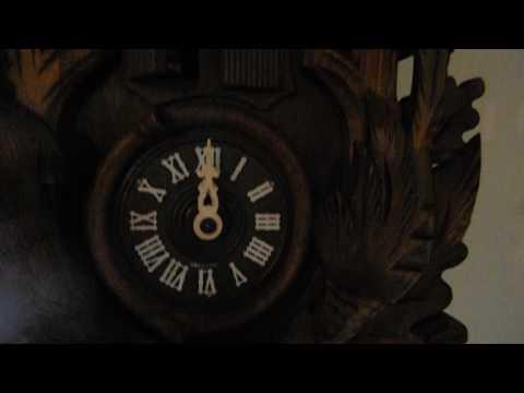 GERMAN Black Forest CUCKOO CLOCK,Thorens Music, Bachmaier Klemmer, Deer, Rabbit