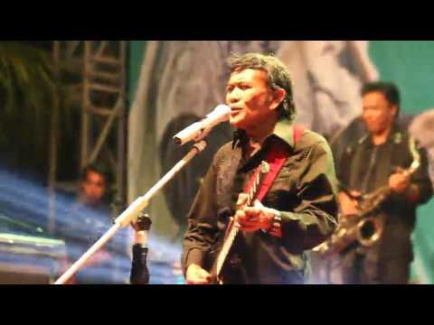 TAHUN BARU 2017 RHOMA IRAMA; Lagu India Chand Sifarish