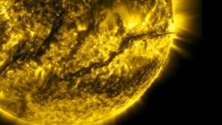 Один год жизни Солнца можно посмотреть за 6 минут(NASA опубликовало видео жизни Солнца за прошлый год. Этот ролик удалось сделать благодаря Солнечной обсерват..., 2016-02-16T11:52:26.000Z)