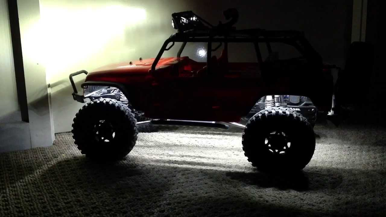 YouTube Premium & Underbody lights on the Axial SCX10™ 2012 Jeep® Wrangler Unlimited ...