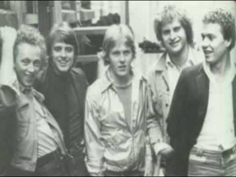 Th' Dudes - 'Be Mine Tonight [1979 single with lyrics]
