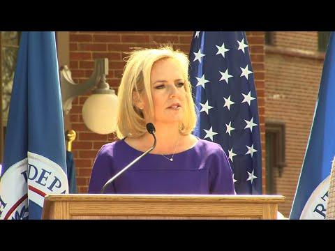 Nielsen opens new headquarters on her final day Mp3