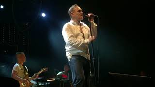 """Morrissey """"back on the chain gang"""" (the pretenders cover) Glasgow 2018"""