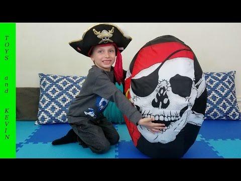 Огромное яйцо с сюрпризами ПИРАТЫ и СУНДУК С СОКРОВИЩАМИ Киндер сюрприз сокровища пиратов Treasure
