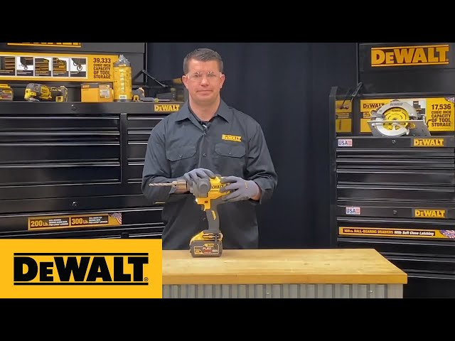 DEWALT® Product Guide - Drill Bit Installation Into A Half-Inch Cordless Drill With Chuck