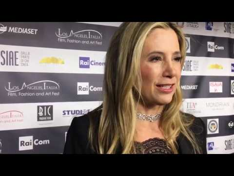 Mira Sorvino on the Red Carpet at the Los Angeles Italia Film Festival
