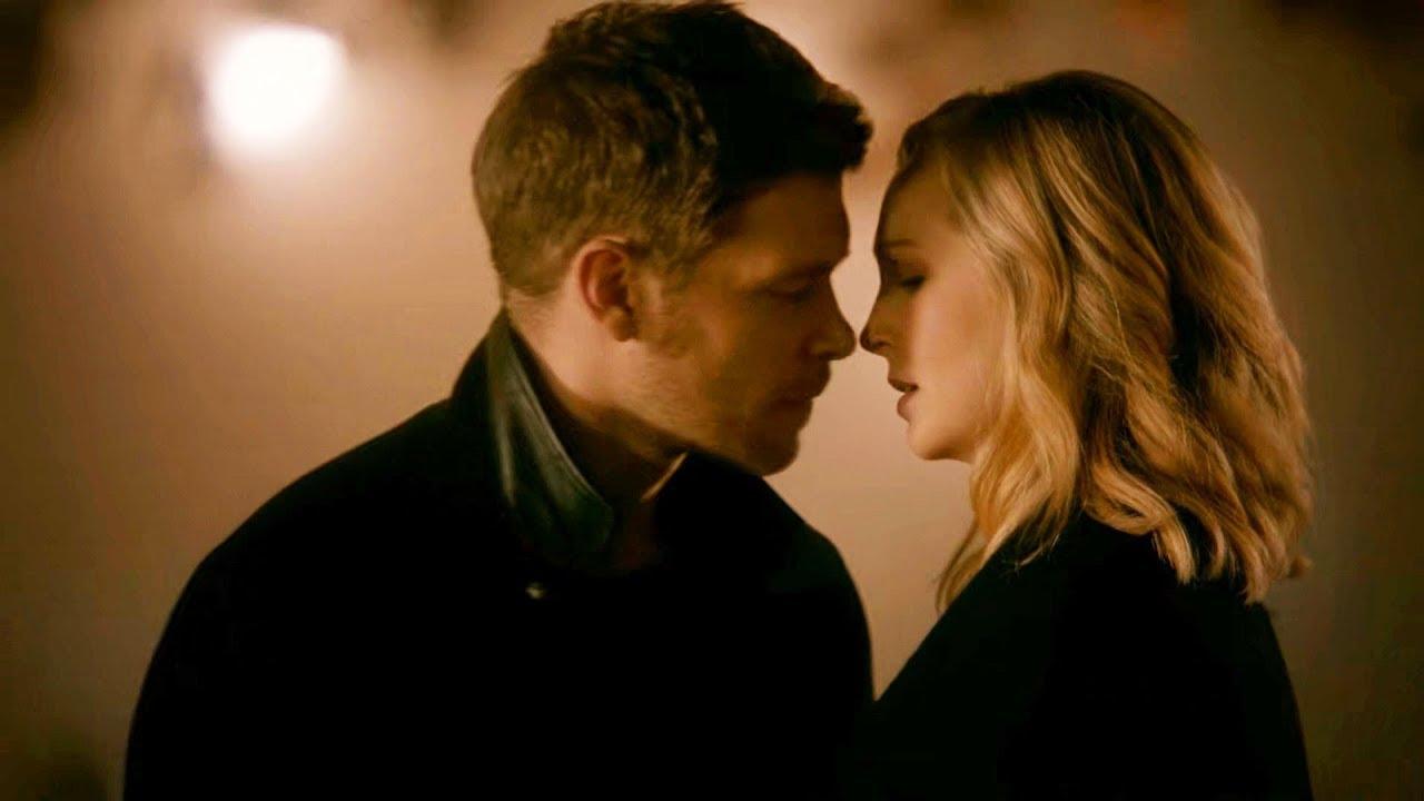 Klaus kisses