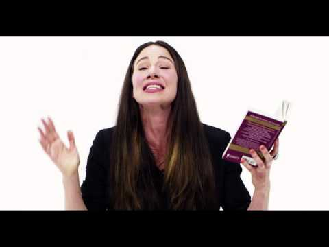 Lynn Collins Longingly Reads 'Come Romeo' From the Bard's Most Famous Tragedy