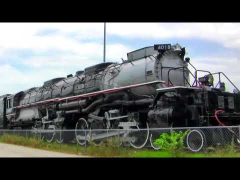 Pacing the Union Pacific Big Boy #4018 Dallas, Texas and cab ride