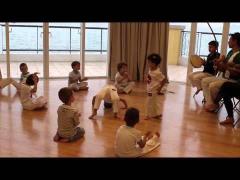 Prof. Indio Hong Kong School of Capoeira -...