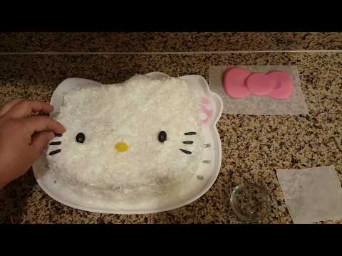 Hello Kitty Pineapple and Cream with Coconut Cake